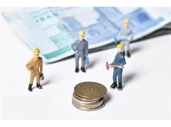 دستمزد ۱۴۰۱ چه میشود؛ با ۱۰ میلیون تومان هم زندگی نمیچرخد
