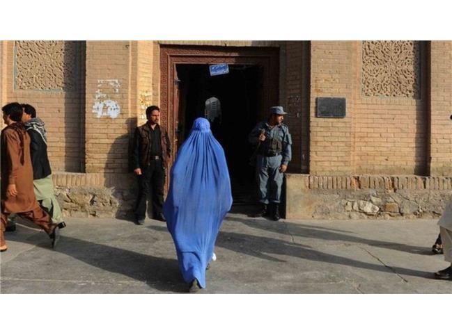 طالبان و زنان